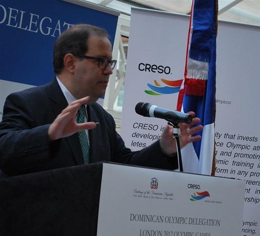 felipe-vicini-reitera-compromiso-de-apoyar-atletas-dominicanos
